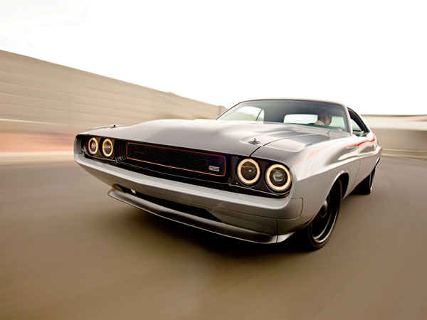 Muscle car Dodge Challenger 1970 Black & Gray
