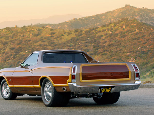 Ford Ranchero Squire 1975 Brown